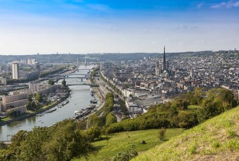 https://www.regional-interim.fr/sites/regional-interim.fr/files/styles/scale-col-5/public/actualite/visuels/ville-de-rouen.jpg?itok=1ODnemUD